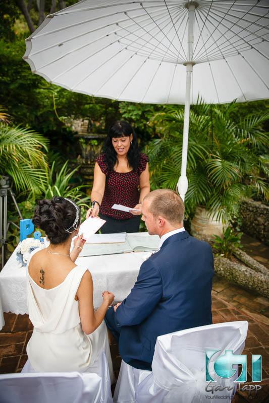 wedding-gibraltar-botanical-gardens-caleta-hotel-092014-19.jpg