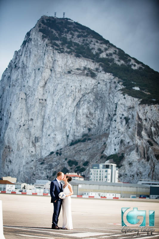 wedding-gibraltar-botanical-gardens-caleta-hotel-092014-30.jpg