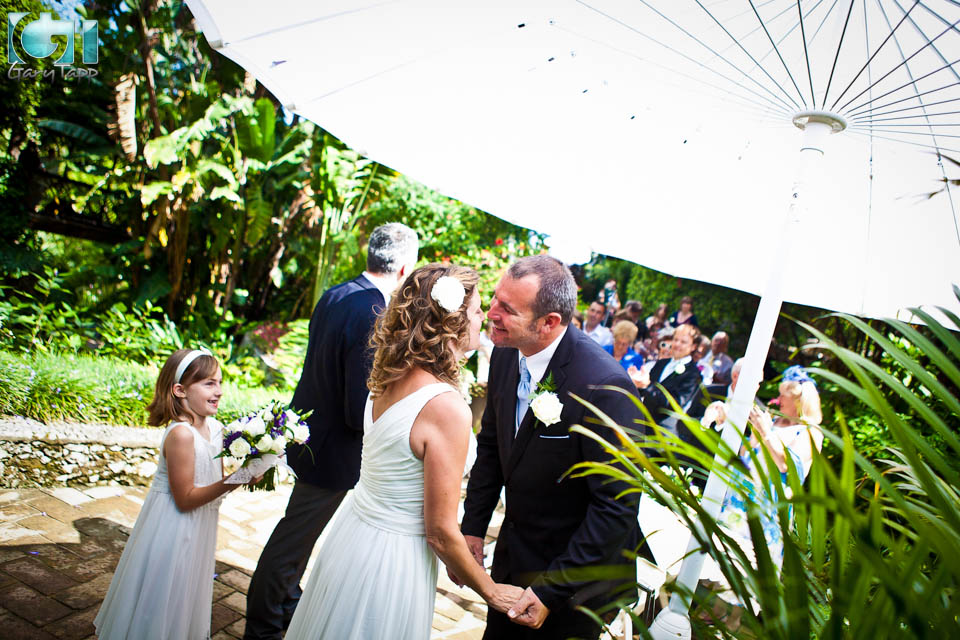 Wedding in Gibraltar Botanic Gardens - Photographer Gary Tapp